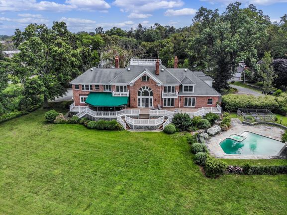 The Weekend's Featured Listing: 750 Old Milton Road, Rye